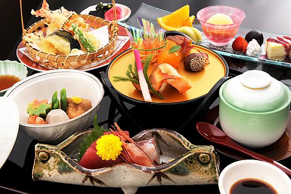 日本料理「志摩」 ランチタイムのご案内