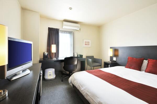 世界の一流ホテルで選ばれている<br />シモンズ製ベッド