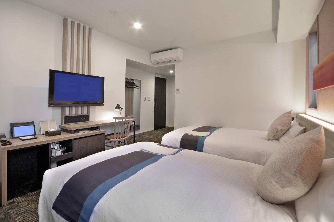 全館にWI-FI完備。客室にはシモンズ社製ベッドを採用。<br />充実のアメニティでお迎えいたします