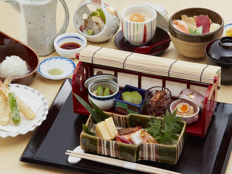 レディースランチ ~目の前で揚げた天ぷらをお召し上がりいただけます。