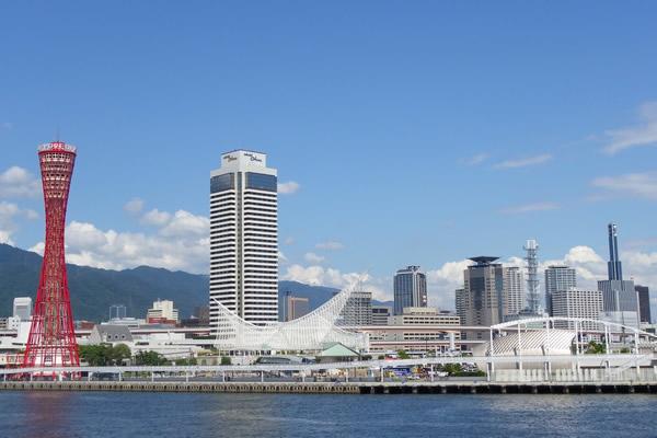 神戸、宝塚、京都方面へも好アクセス。関西エリアの出張・観光の拠点にもおすすめ。