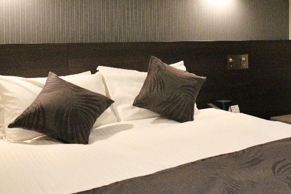 「世界のベッド」として愛される<br />シモンズベッドを全室に完備!