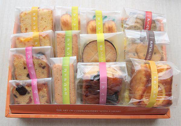 贈答用にいかがですか。ホテルパティシエ特製焼き菓子詰め合わせ販売はじめました。