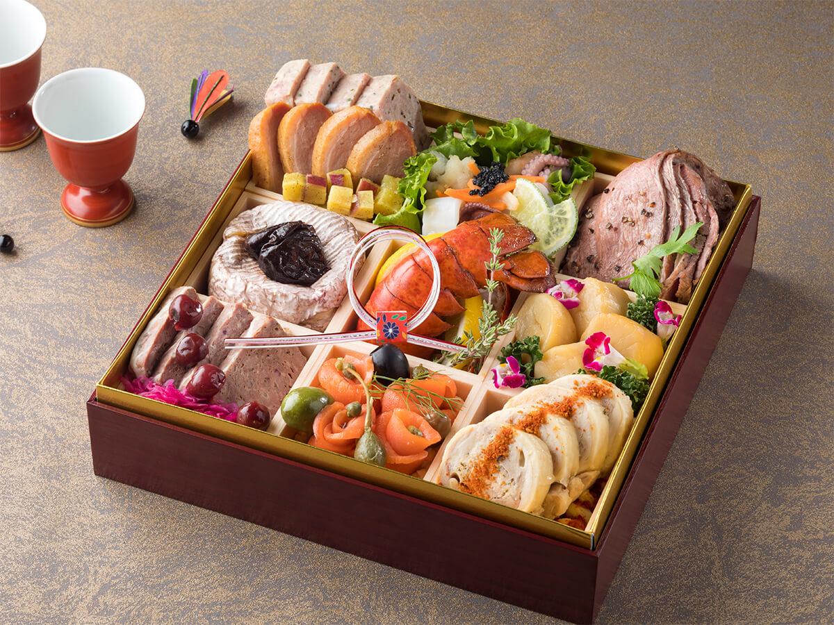 ベストウェスタンレンブラントホテル東京町田|カフェダイニング「パームツリー」特製 洋食おせち一段重