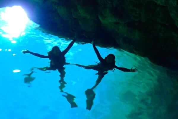 青の洞窟感動シュノーケルツアー
