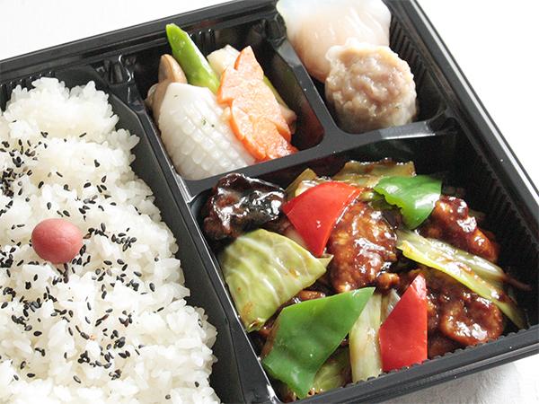 ⑭回鍋肉(ホイコーロー)弁当  1,000円
